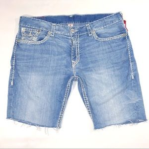 True Religion Jean Shorts cut out shorts size 42